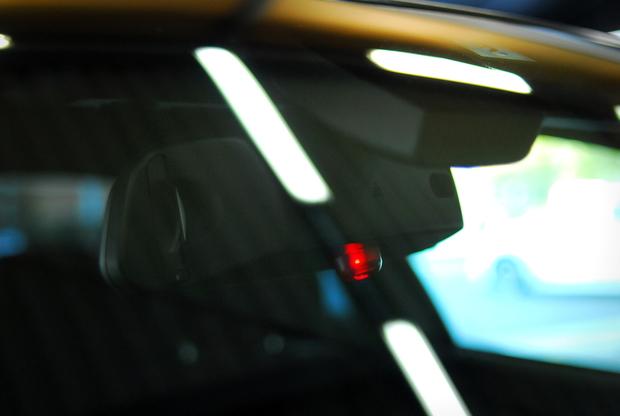 BMW ダミーセキュリティーランプ Studie (11199888871).JPG